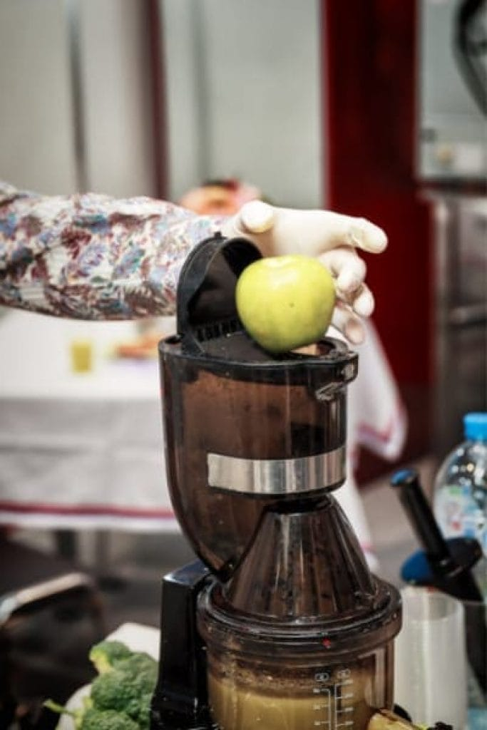 ease of using a slow juicer